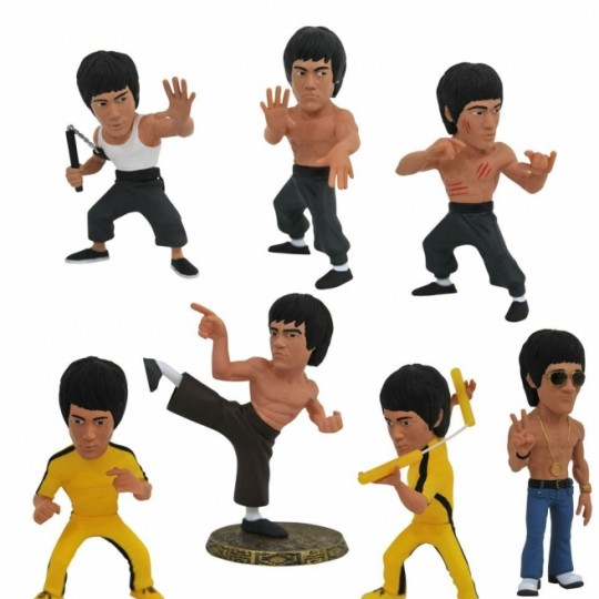 Bruce Lee D-Formz PVC Mini Figures 8 cm Display
