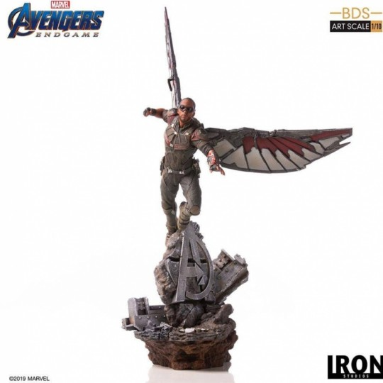 Avengers: Endgame Battle Diorama Series Art Scale Statue 1/10 Falcon 40 cm