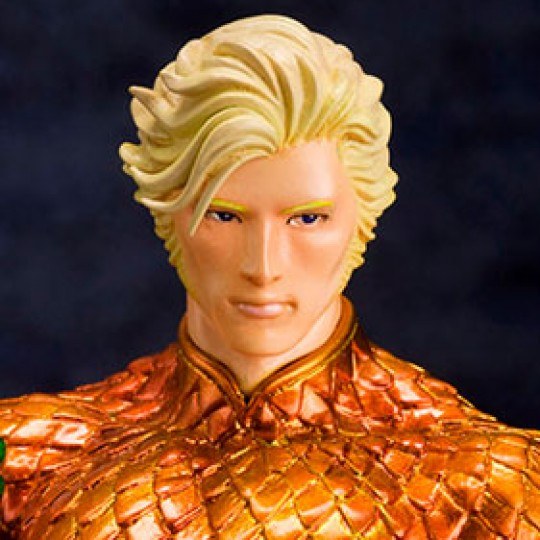 DC Comics ARTFX+ PVC Statue 1/10 Aquaman (The New 52) 19 cm